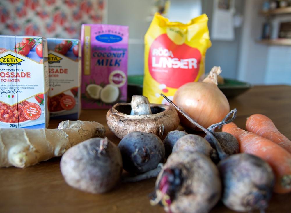 veckansvego ingredienser till kickstartsgryta med linser