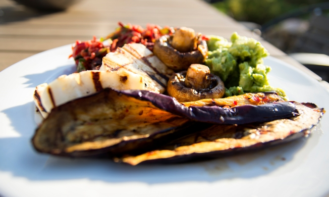 veckansvego färdig grillad aubergine med sting