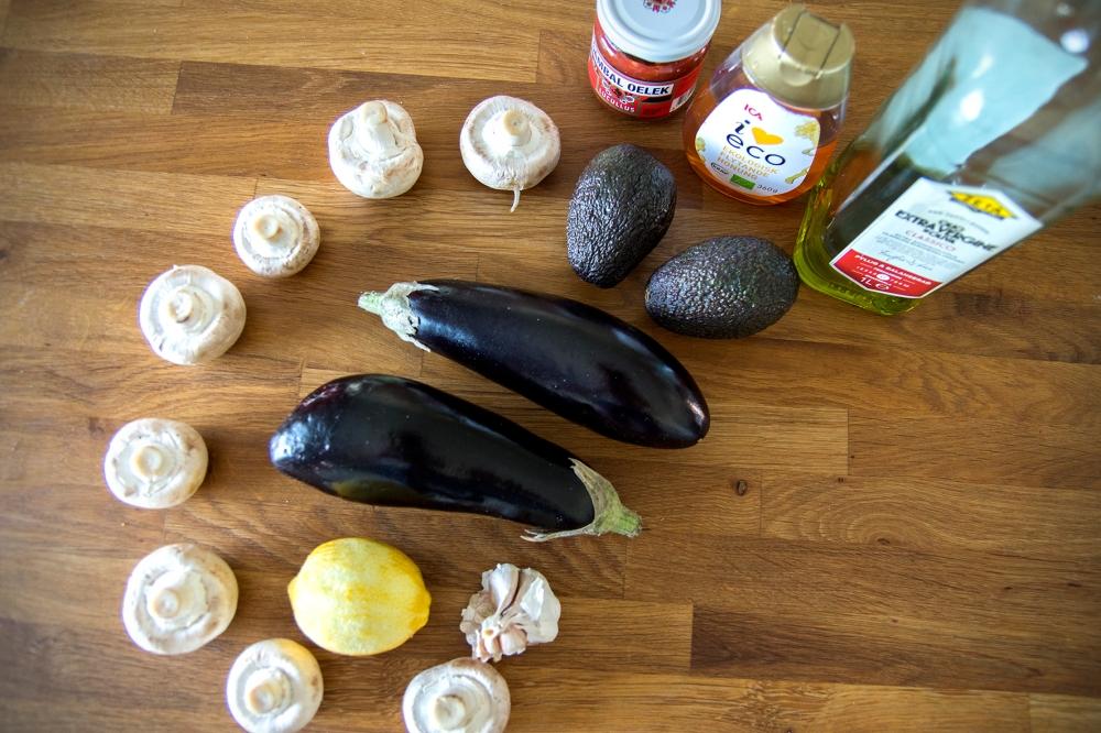 veckansvego ingredienser grillad aubergine med sting