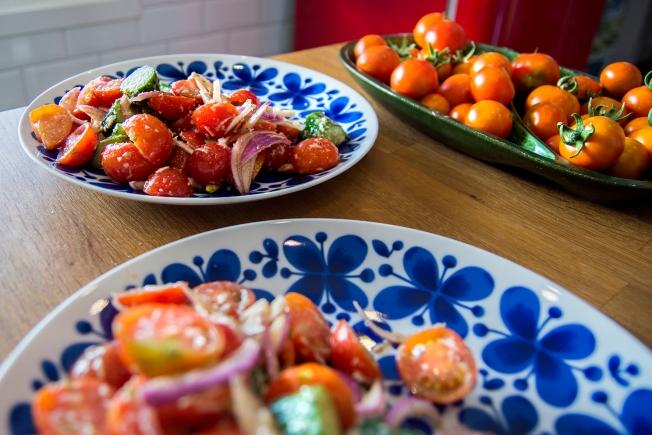 veckansvego färdig tomatsallad i skördetid