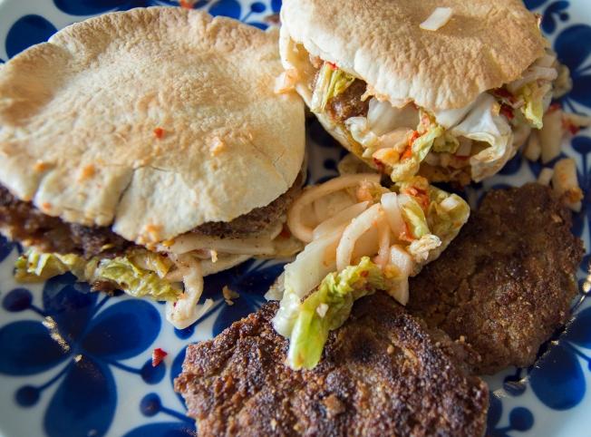 veckansvego färdiga fritters med kimchi