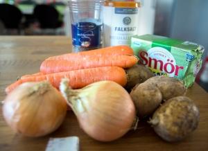 veckansvego-ingredienser-solgul-soppa