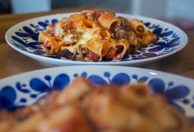 veckansvego-fardig-pastagratang-med-tomatsas