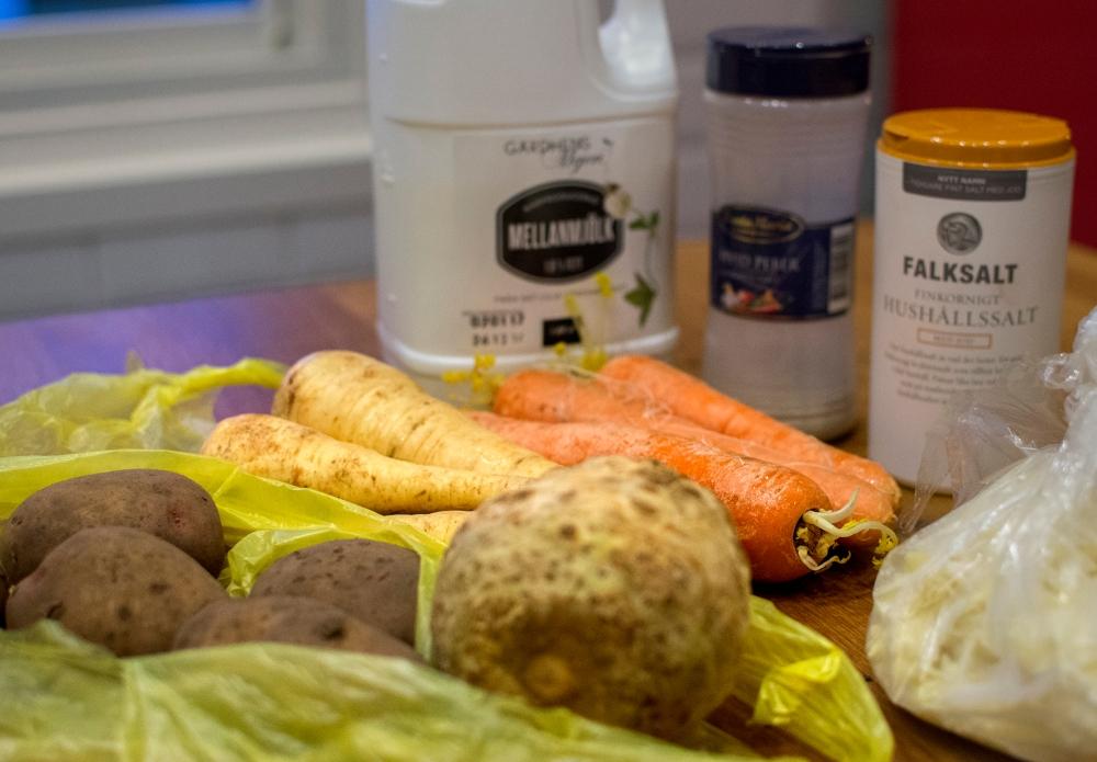 veckansvego-ingredienser-rotfruktslada